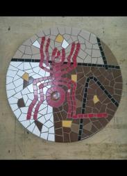 Mesa em Cerâmica.